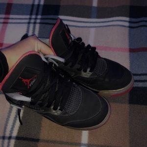 Jordan Shoes - Jordan Retro 4 Bred